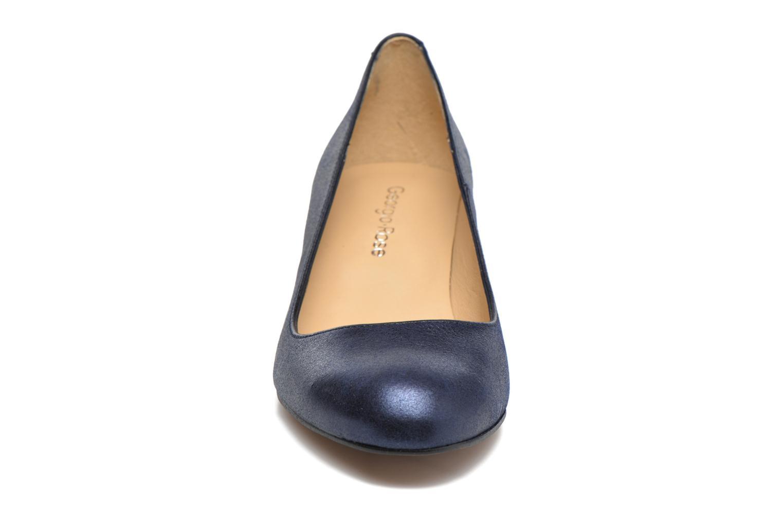 Zapatos de tacón Georgia Rose Slico Azul vista del modelo