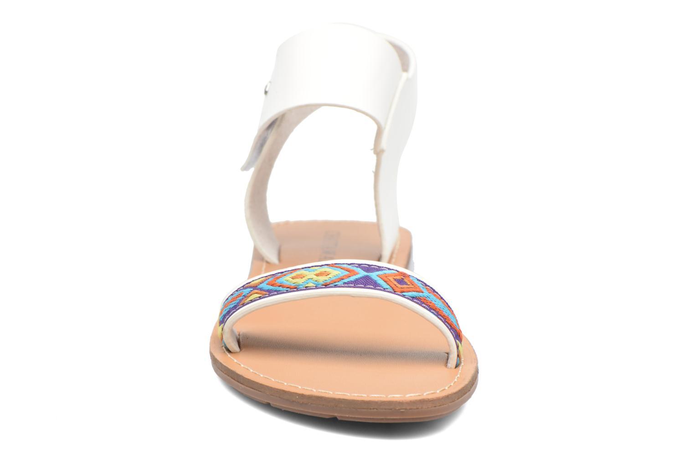 Sandales et nu-pieds Chattawak Louisiane Blanc vue portées chaussures