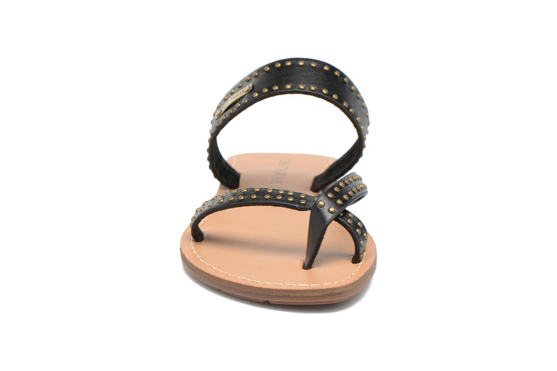 Sandales et nu-pieds Chattawak Pamela Noir vue portées chaussures