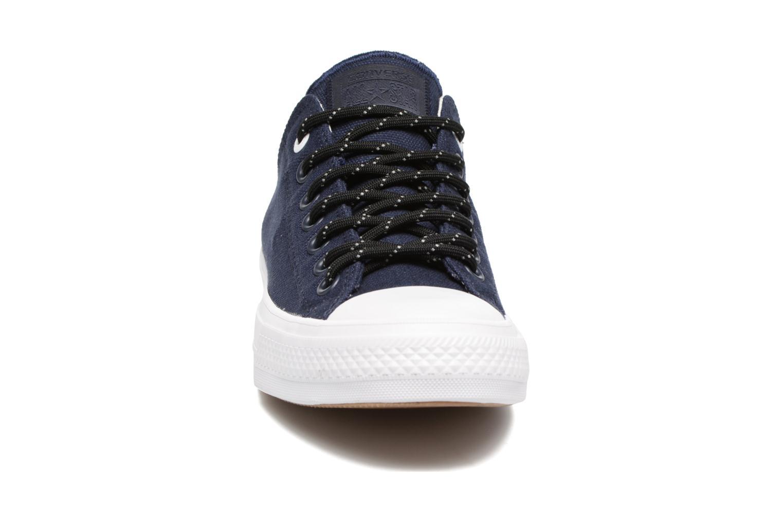 Baskets Converse Chuck Taylor All Star II Ox Shield Lycra M Bleu vue portées chaussures