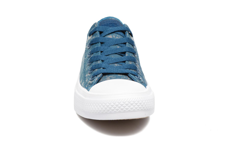 Baskets Converse Chuck Taylor All Star II Ox Reflective Wash W Bleu vue portées chaussures