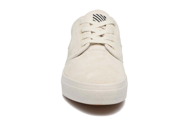 Sneaker Converse Cons Zakim Suede Ox M weiß schuhe getragen