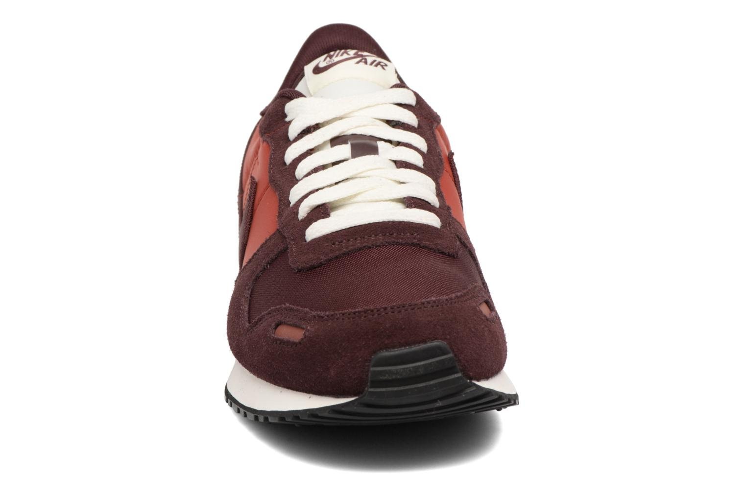 Trainers Nike Nike Air Vrtx Burgundy model view