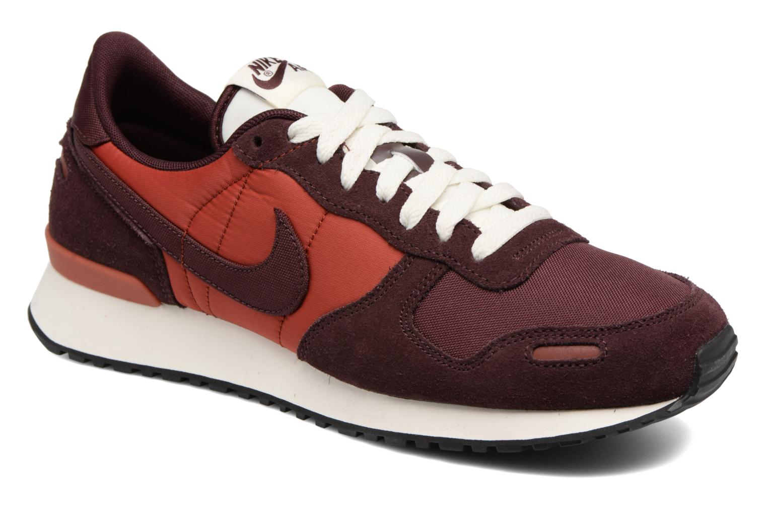 Trainers Nike Nike Air Vrtx Burgundy detailed view/ Pair view