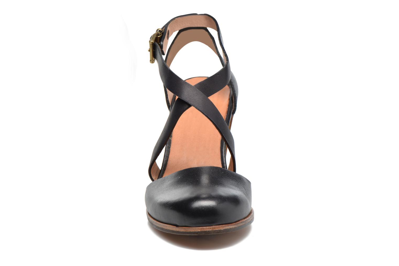 Sandales et nu-pieds Neosens Gloria S195 Noir vue portées chaussures