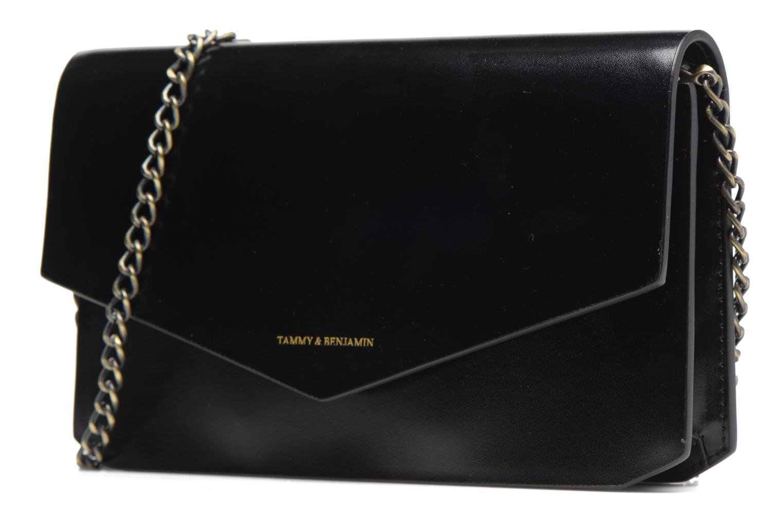 Pochette Tammy & Benjamin Pochette Chaine Ines Nero modello indossato
