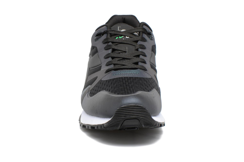 Sneakers Diadora N9000 MM HOLOGRAM Nero modello indossato