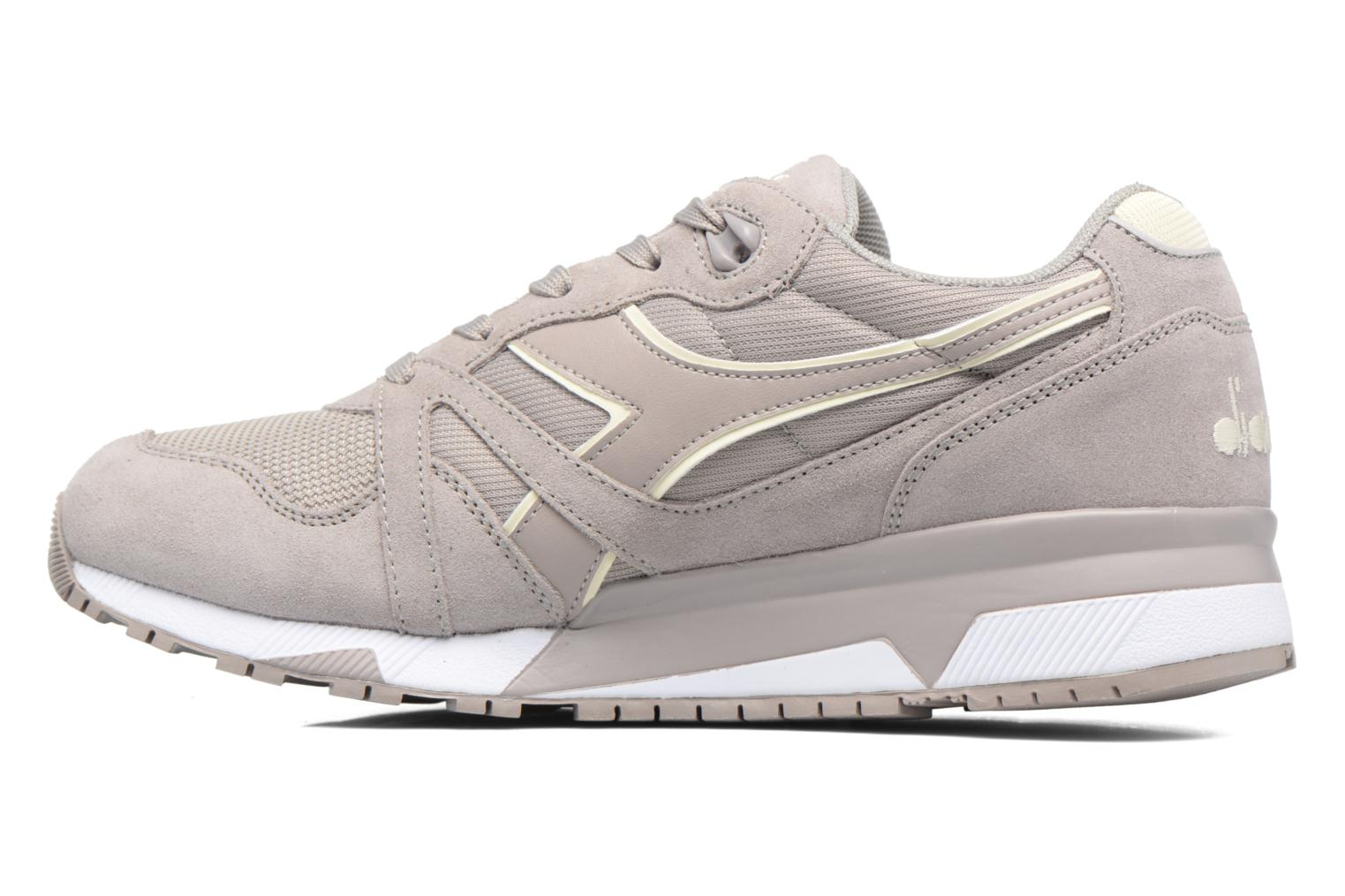 Trainers Diadora N9000 III Grey front view