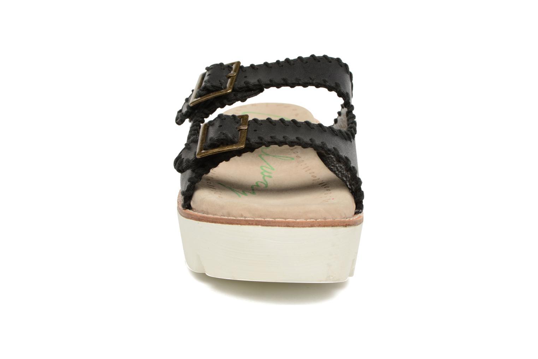 Sandales et nu-pieds Coolway Malva Noir vue portées chaussures