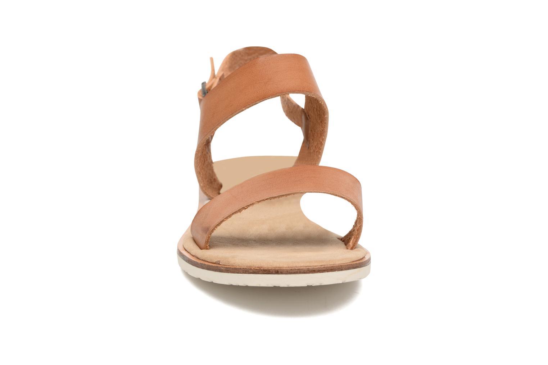 Sandali e scarpe aperte Coolway Morel Marrone modello indossato