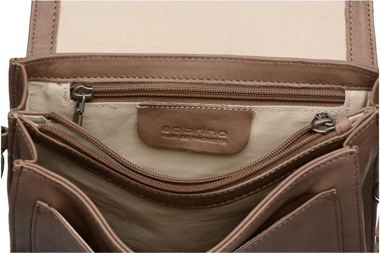 Handtassen Sabrina Cyriane croco Bruin achterkant