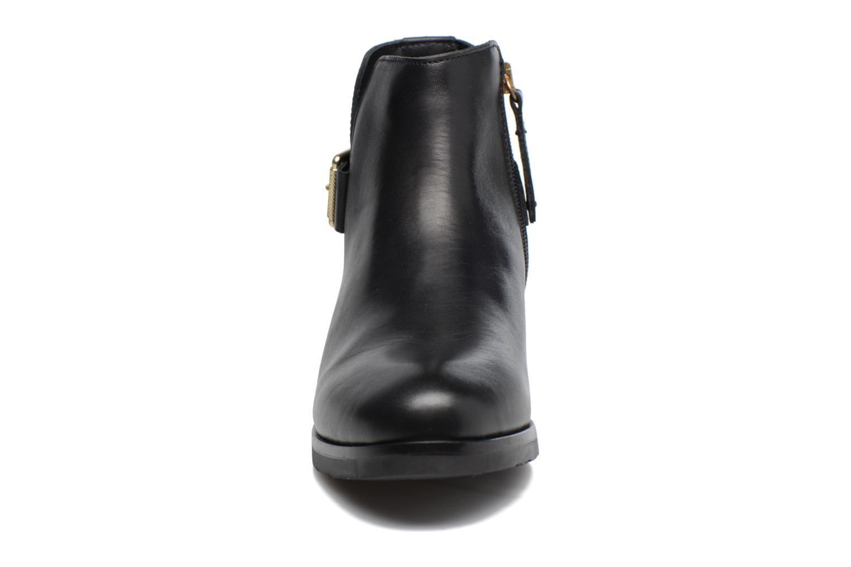 Bottines et boots Tommy Hilfiger Tessa 1A Noir vue portées chaussures