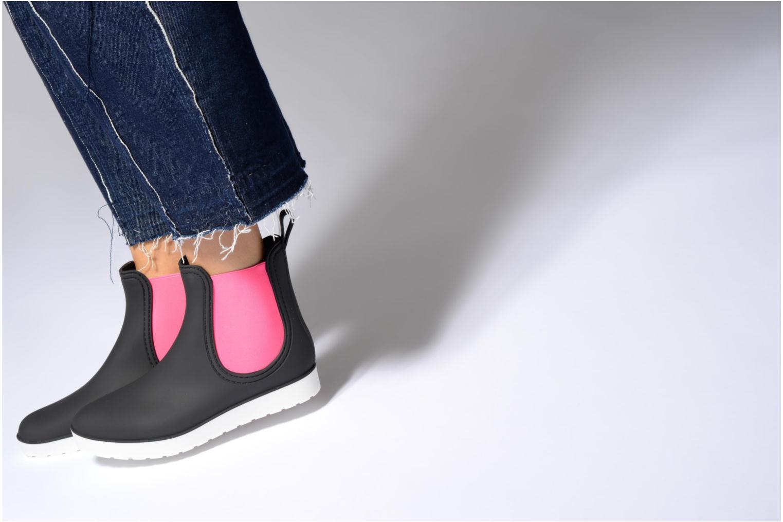 Stiefeletten & Boots SARENZA POP OMANDY schwarz ansicht von unten / tasche getragen