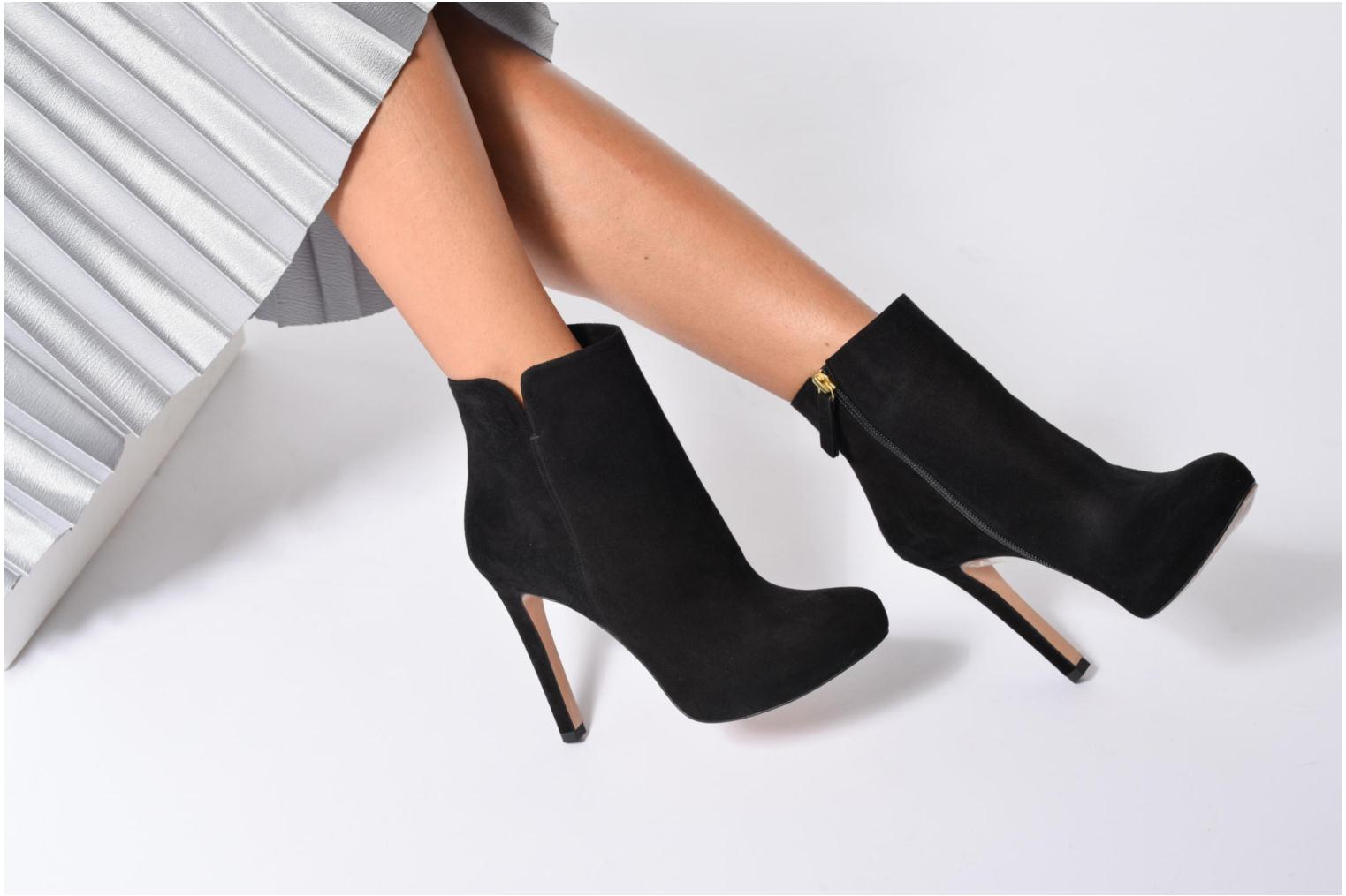 Ankle boots Pura Lopez BNAJ263 Beige view from underneath / model view