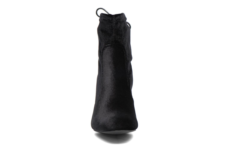 Stivaletti e tronchetti I Love Shoes THRESSY Nero modello indossato