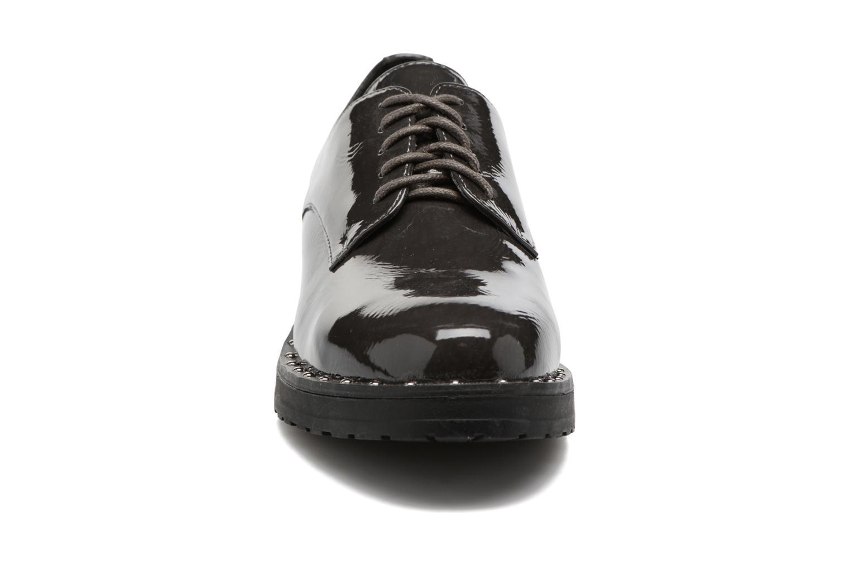 Zapatos con cordones I Love Shoes THRYCIA Gris vista del modelo
