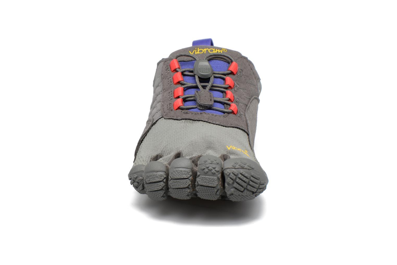 Chaussures de sport Vibram FiveFingers Trek Ascent Gris vue portées chaussures