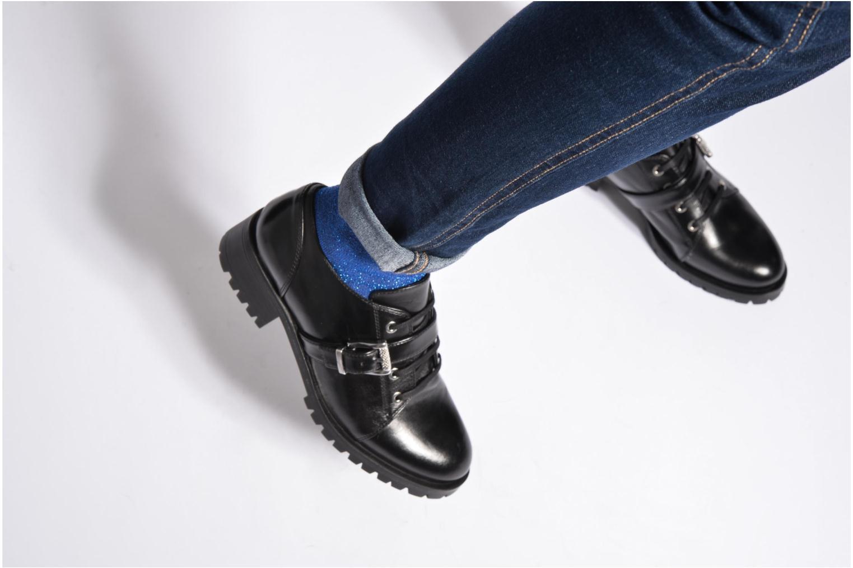 Chaussures à lacets Unisa Inmole Noir vue bas / vue portée sac