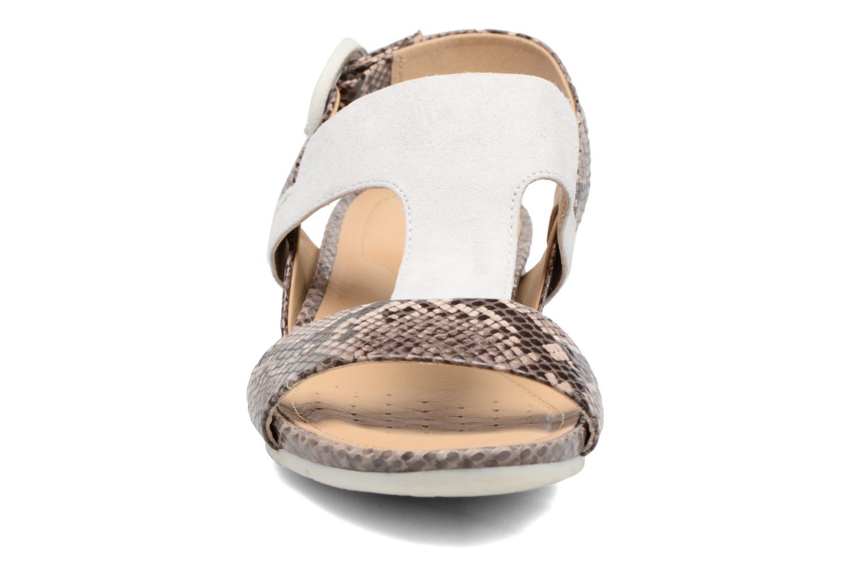 Sandales et nu-pieds Geox D FORMOSA E Blanc vue portées chaussures