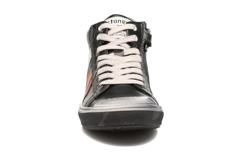Sneaker Stones and Bones Rosto schwarz schuhe getragen