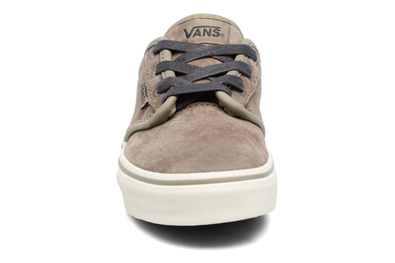 Baskets Vans Atwood Gris vue portées chaussures