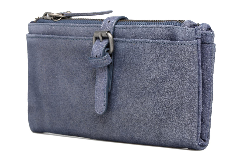 Petite Maroquinerie Esprit Venus Leather Wallet Bleu vue portées chaussures