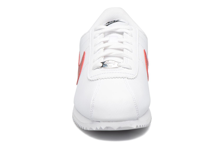 Deportivas Nike Cortez Basic Sl (Gs) Blanco vista del modelo