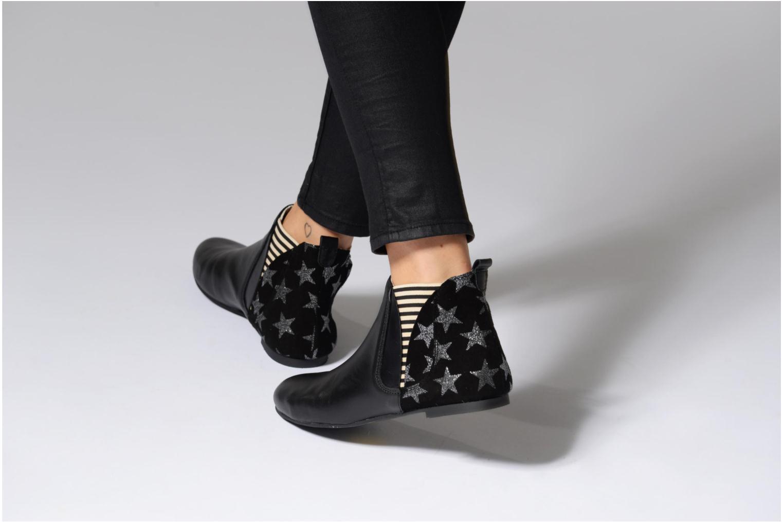 Bottines et boots Ippon Vintage Patch Sky Noir vue bas / vue portée sac