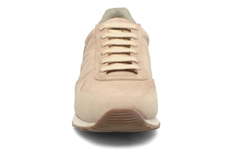 Baskets El Naturalista Walky ND90 W Beige vue portées chaussures