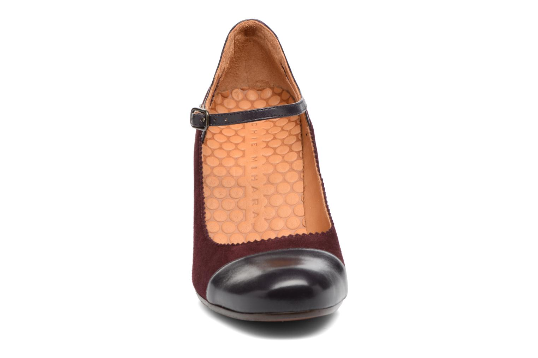 Escarpins Chie Mihara Arara Bordeaux vue portées chaussures
