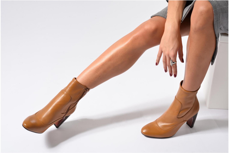 Bottines et boots Chie Mihara Xian-C Marron vue bas / vue portée sac
