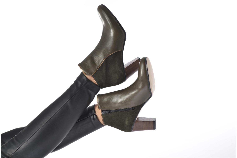 Bottines et boots Georgia Rose EOLIA Noir vue bas / vue portée sac