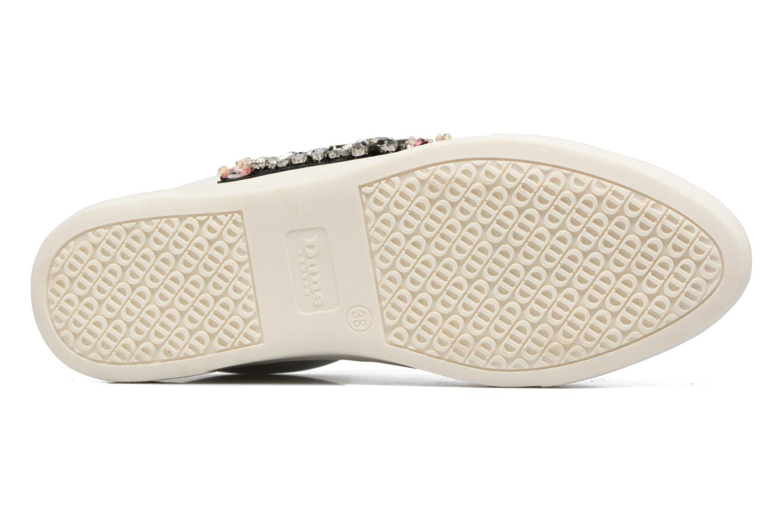 Emerelda White leather