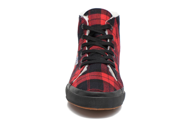 Baskets Superga 2095 TWEEDBINU W Rouge vue portées chaussures