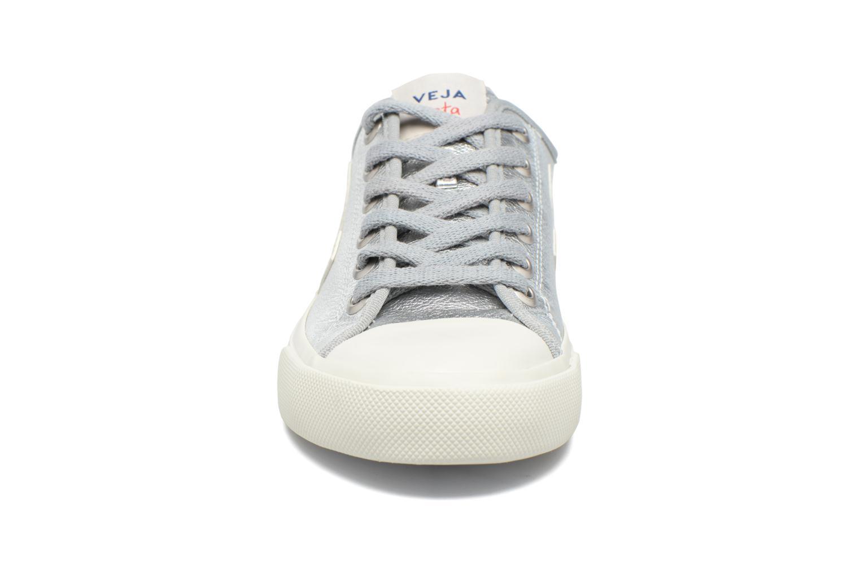 Baskets Veja WATA LEATHER Argent vue portées chaussures