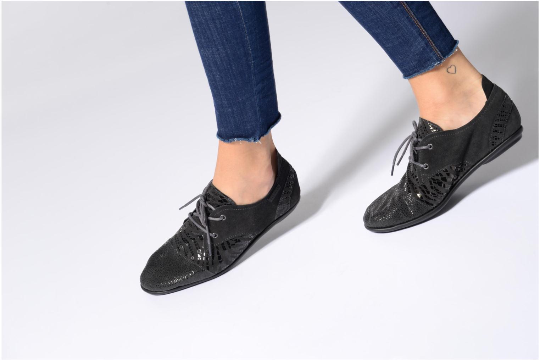 Chaussures à lacets Pataugas Swing/Z Bleu vue bas / vue portée sac
