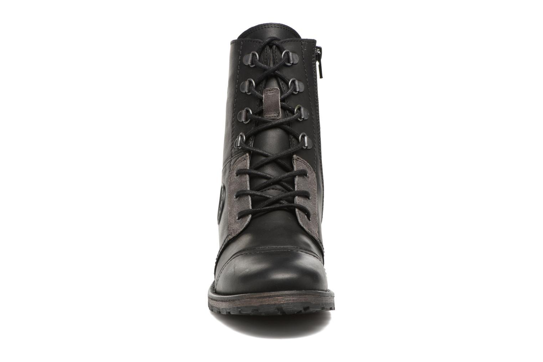 Bottines et boots Pataugas Duke Noir vue portées chaussures