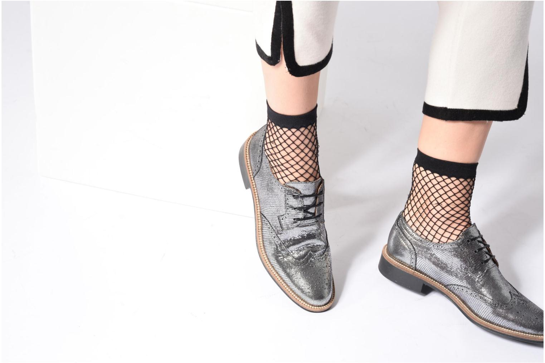 Chaussures à lacets Schmoove Woman Newton perfo Diamond Argent vue bas / vue portée sac