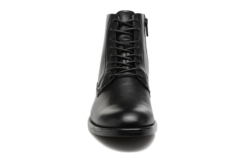 Bottines et boots Vagabond Amina 4403-301 Noir vue portées chaussures