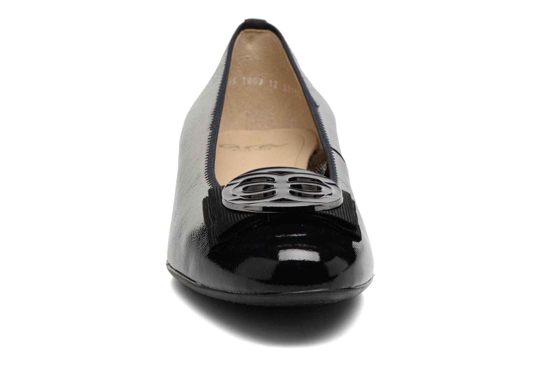 Ballerines Ara Bari 33755 Bleu vue portées chaussures