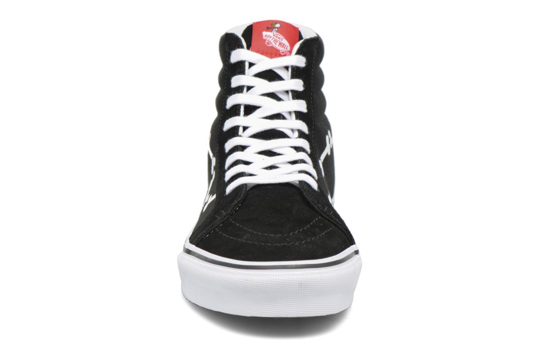 Baskets Vans Sk8-Hi Reissue x Peanuts Noir vue portées chaussures