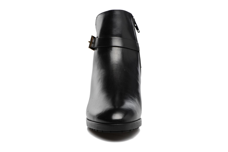Bottines et boots HÖGL Zoé Noir vue portées chaussures