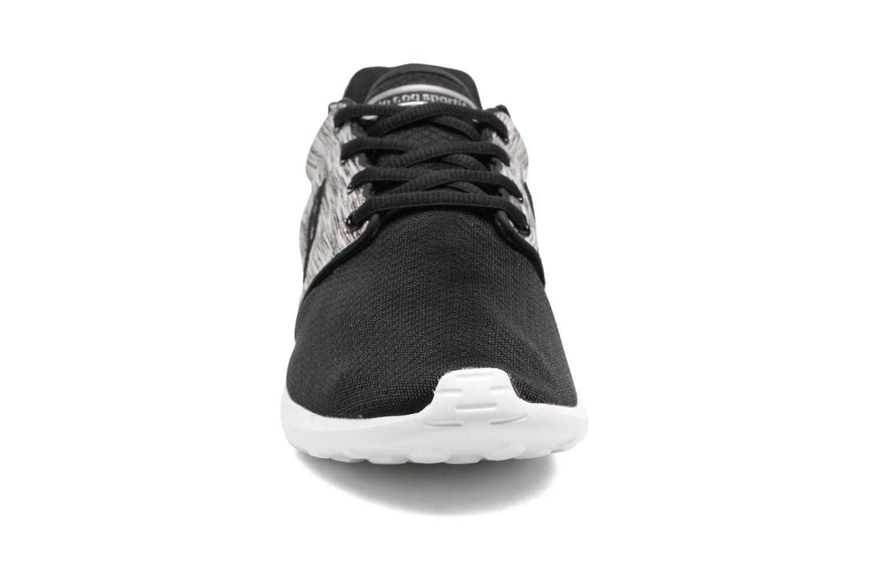 Baskets Le Coq Sportif Dynacomf W Noir vue portées chaussures