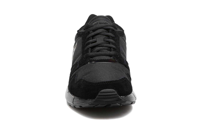 Baskets Le Coq Sportif Omega W Noir vue portées chaussures