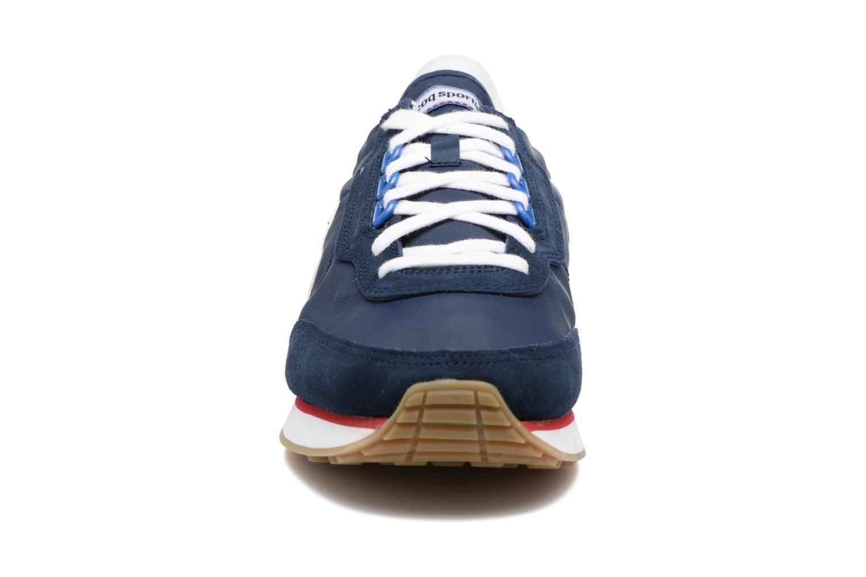 Baskets Le Coq Sportif Azstyle Gum Bleu vue portées chaussures