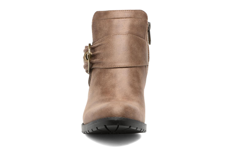 Bottines et boots Les P'tites Bombes Diane Marron vue portées chaussures