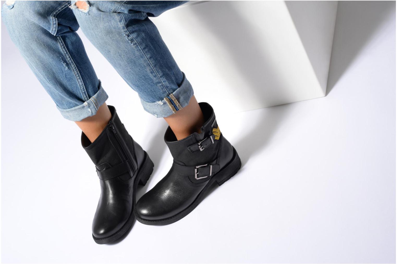 Bottines et boots Les Tropéziennes par M Belarbi Lakao Noir vue bas / vue portée sac