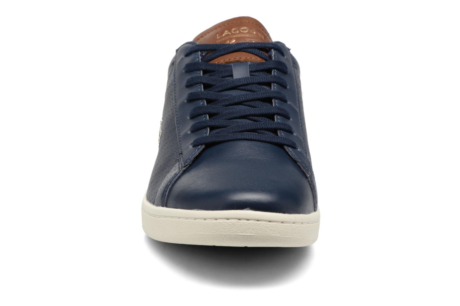 Baskets Lacoste CARNABY EVO 317  Bleu vue portées chaussures