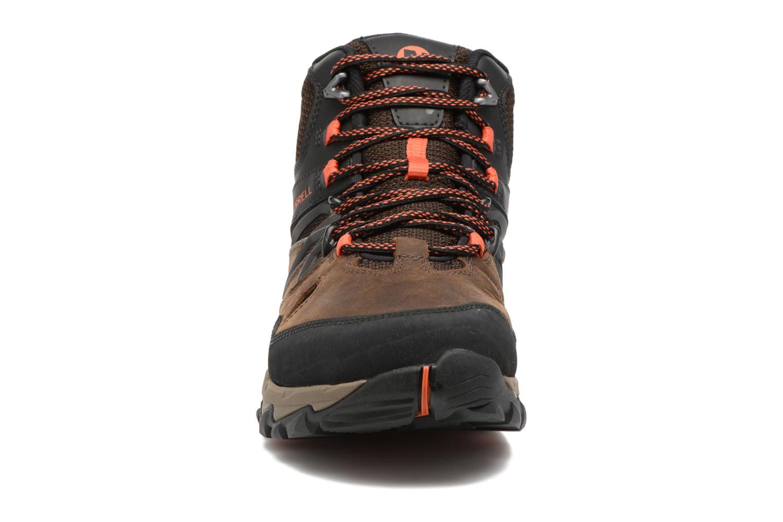 Chaussures de sport Merrell All Out Blaze 2 Mid Gtx Marron vue portées chaussures