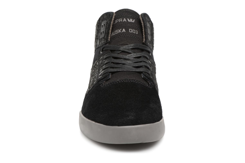 Baskets Supra Skytop 3 Noir vue portées chaussures
